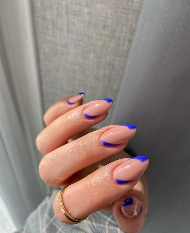 almond french tip nails designs